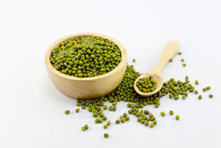 green gram for unwanted face hair